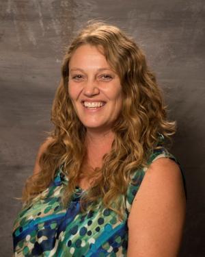 Garden County ag teacher wins award