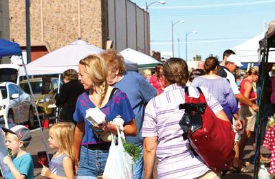Farmers Markets opens Summer season ready to open on 18th Street Plaza