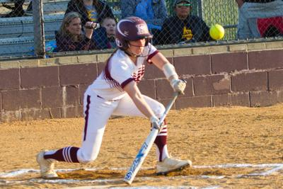 Lady Wildcats leaning on veteran cast for district title