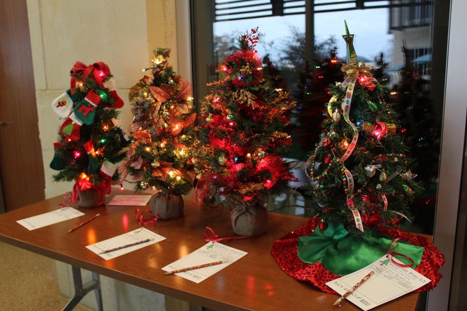 Christmas Tree Auction Garners $1,200