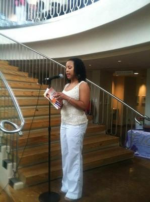 Motherly advice: McKinney author's teen-motherhood books used at Dallas schools, detention centers
