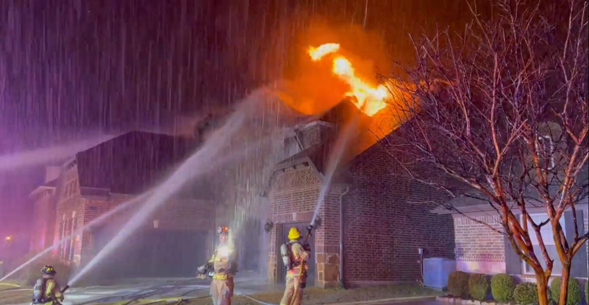 McKinney firefighters respond to 4 possible lightning fires overnight