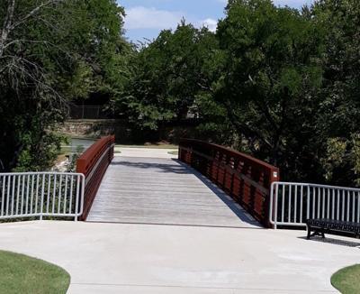Ridgeview Trail