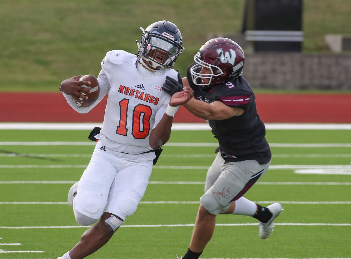 Bright lights: Local teams part of CW33 HS football broadcast schedule