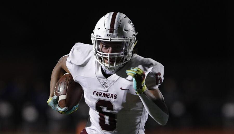 Denton County football roundup: Lewisville RB runs wild on Timber Creek; Newman Smith rallies past Creekview