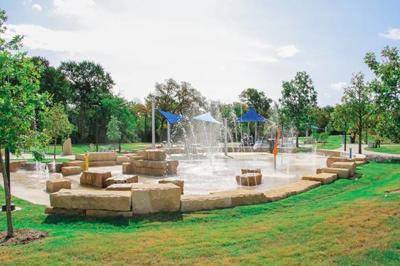 Windhaven Meadows Park splash pad