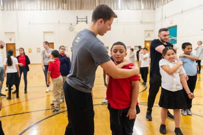 Sunnyvale native educates children about physical therapy