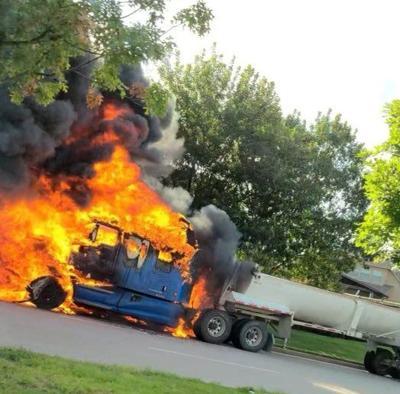 18-wheeler fire McKinney