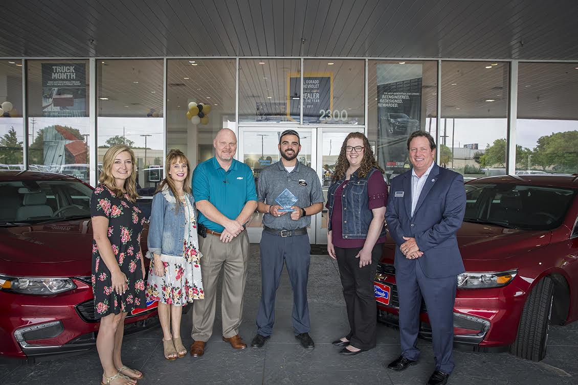 Mckinney Chevrolet group photo