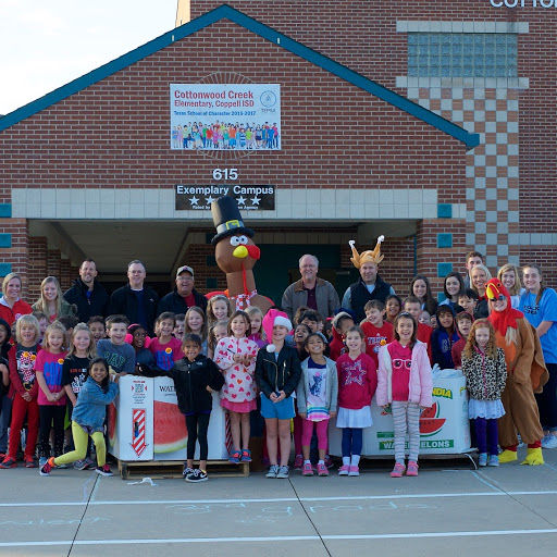 Students at Cottonwood Creek Elementary School celebrate their family feast  drive.