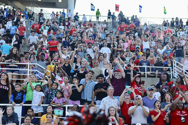 Record crowd attends Carrollton-Farmers Branch pep rally