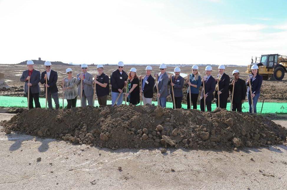 Sapphire Bay Development Hosts Crystal Lagoons® Groundbreaking