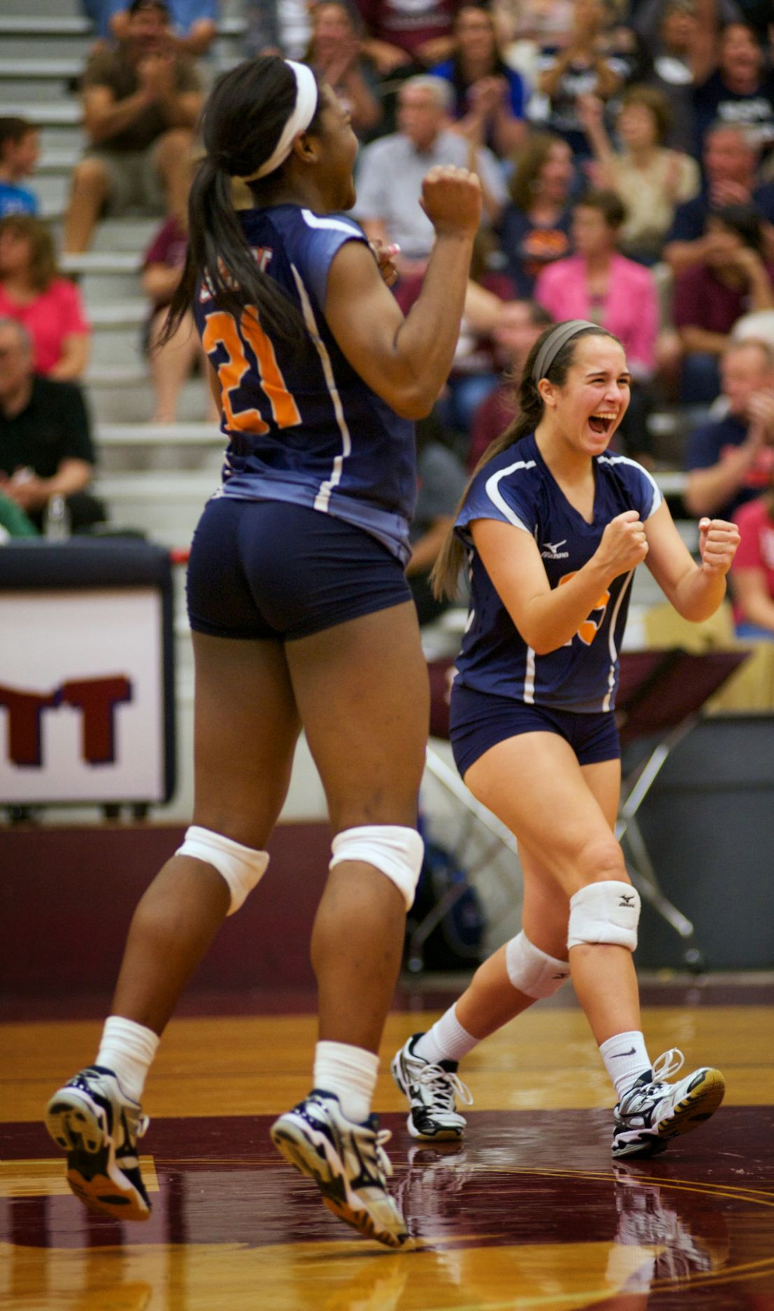 SACHSE VOLLEYBALL CASEY ENNA AND MEAGHAN JONES 9 16