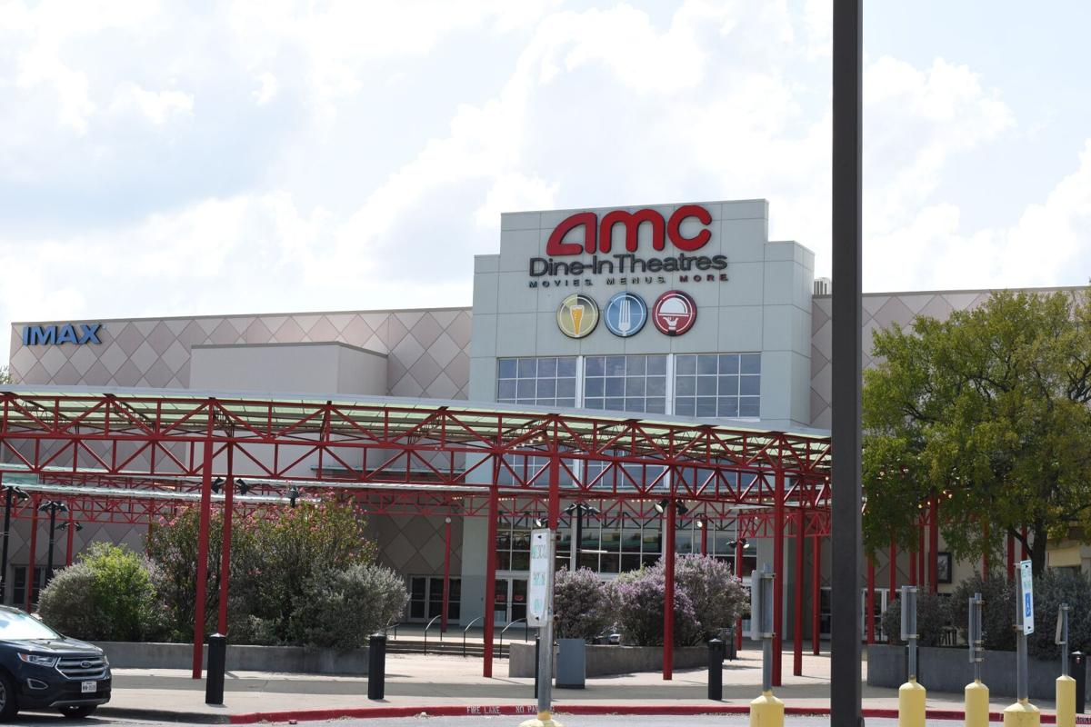 Four arrested in fight outside of Mesquite movie theater