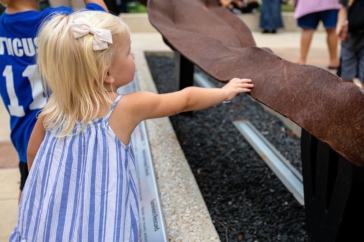 Mesquite Freedom Park - girl touches beam - Mesquite TX.jpg