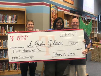 McKinney middle school teacher gets $500 gift | News