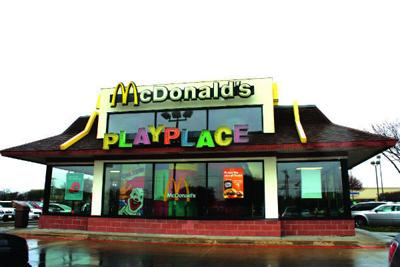 Lisa Dribben Is The Owner Operator Of Three Mcdonald S Restaurants Within Dallas Fort Worth Metroplex One In Garland And Two Rowlett