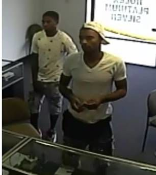 Mesquite Police seek robbery suspects