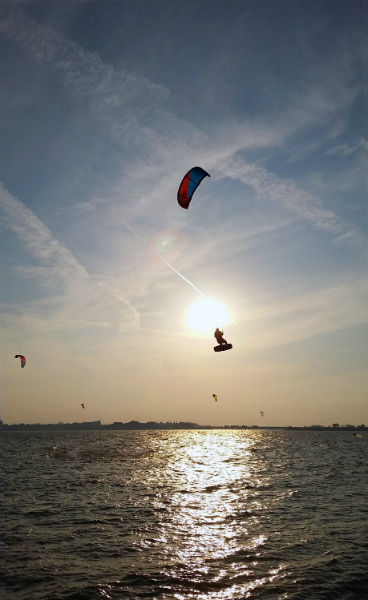 Kite boarders hope to keep jumping at Lake Ray Hubbard