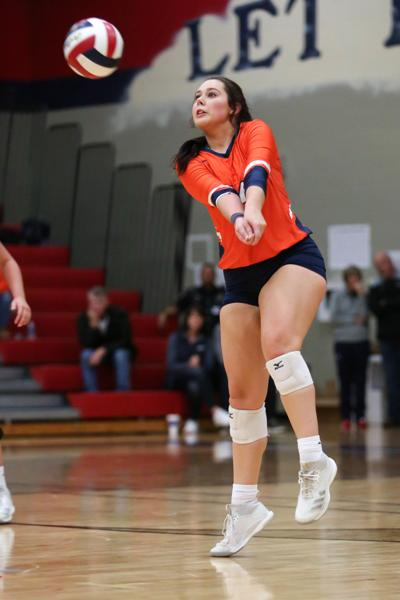 Wakeland senior outside hitter Vivian Osborn