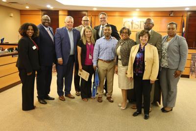 Two Garland ISD teachers win scholarship