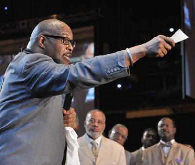 Pastor Marvin Winans shines from pulpit at COGIC Holy Convocation