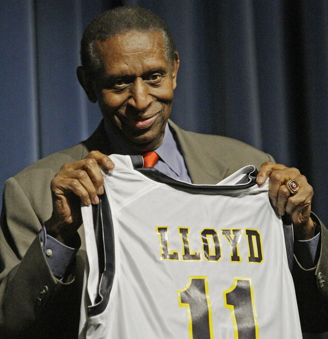 First black NBA player Earl Lloyd passes at 86 | Local ...