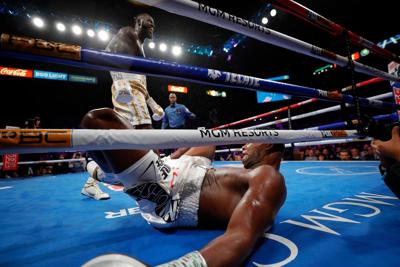 Deontay Wilder knocks down Luis Ortiz