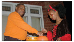 Committeeman creates Safe Zone for North Side trick-or-treaters