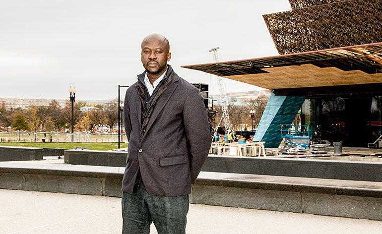 building 39 s architect david adjaye honored as new african american museum opens in washington. Black Bedroom Furniture Sets. Home Design Ideas