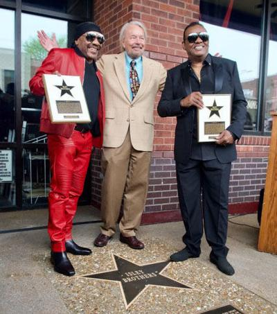 Isley Brothers honored by St  Louis Walk of Fame | Living It