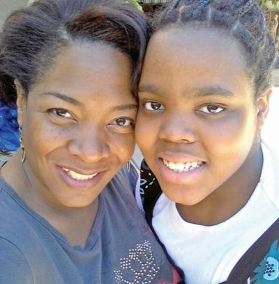 Sharonda and Shandicia McMullen