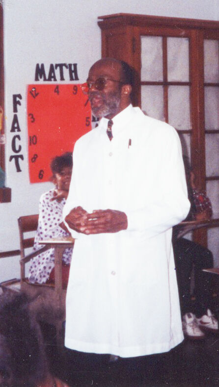 Dr. Lee M. Blount, Jr. teaching