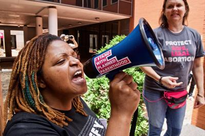Protestors rally to keep abortion services in Missouri