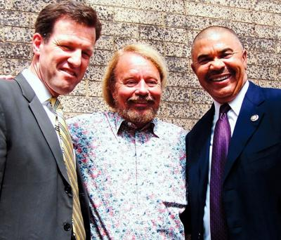U.S. Russ Carnahan and U.S. Rep. Wm. Lacy Clay with Loop developer Joe Edwards during less contentious times