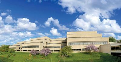 St. Luke's Hospital agrees to buy Des Peres Hospital