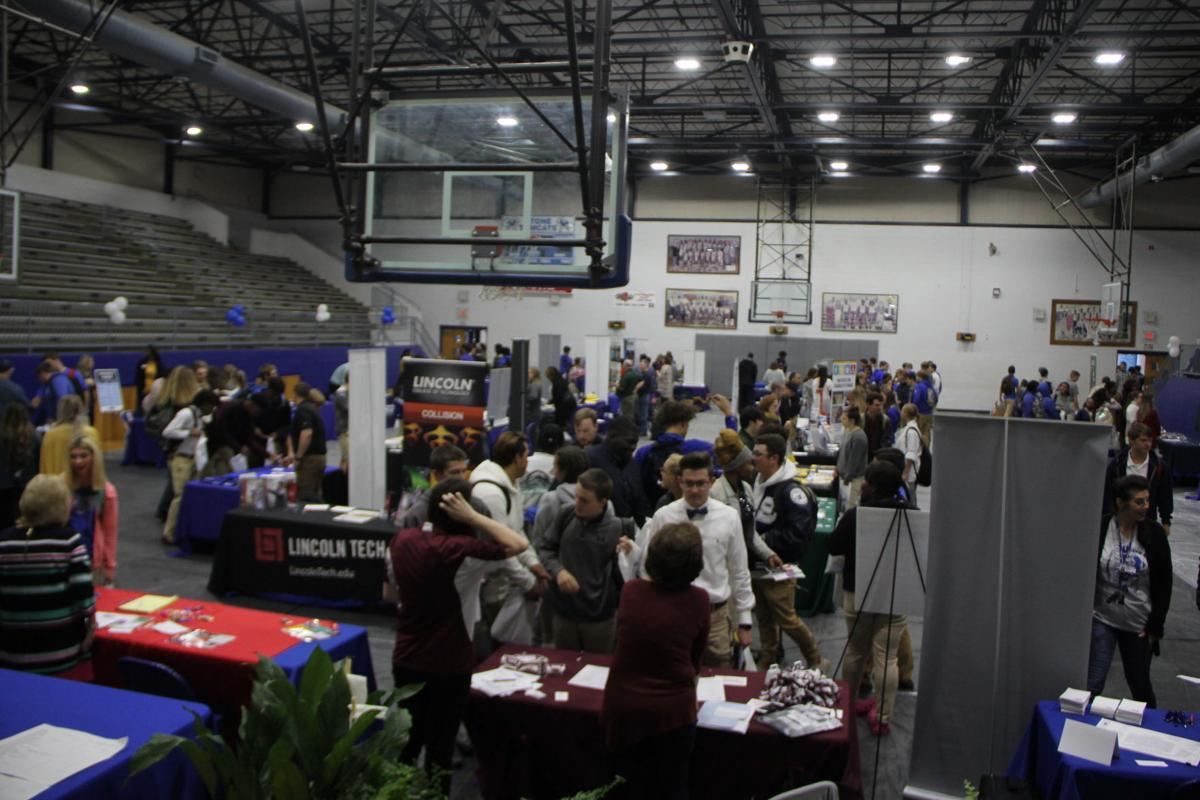 Students at Tomcat Futures Expo