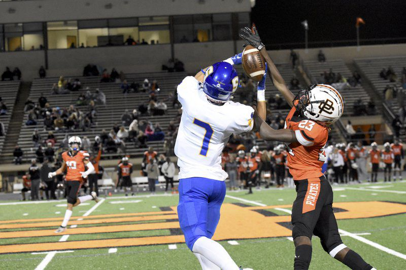 District title up for grabs at Pioneer Stadium