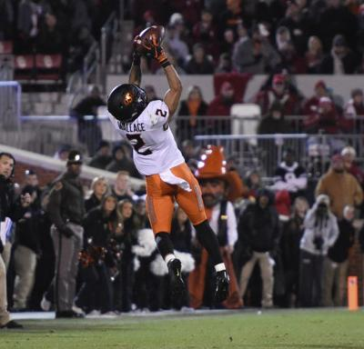 Failed two-point conversion lingers in Pokes' Bedlam loss