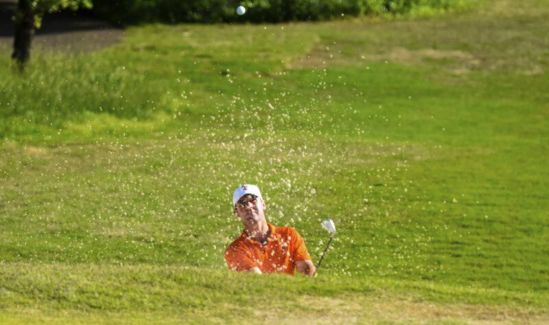 Stark comes off bench to shoot top round on first day of Regional