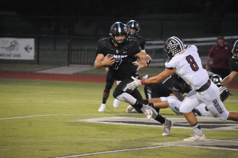Perkins-Tryon handle Blackwell, improves to 5-0