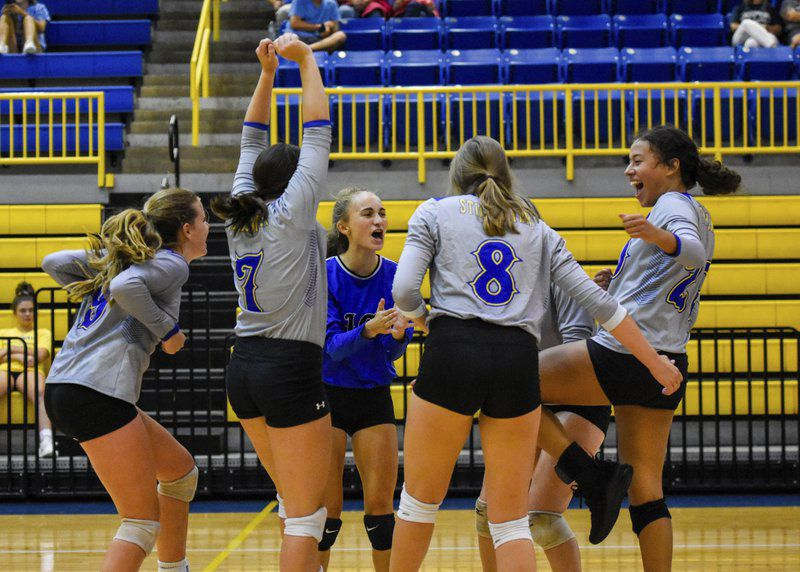 Stillwater volleyball overcomes slow start in season opener