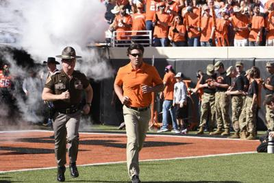Gundy recounts role of Les Miles heading into first meeting