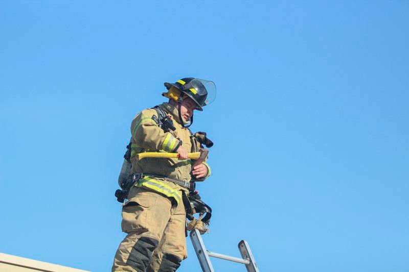 SFD responds to structure filled with smoke
