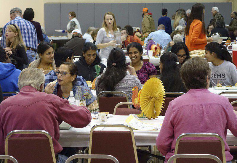 Q5: Volunteers preparing for Stillwater Community Thanksgiving Dinner