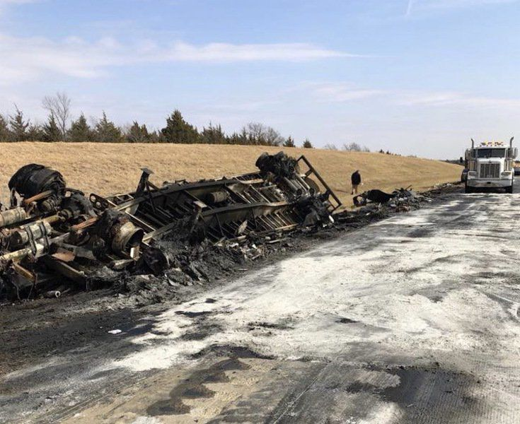 fedex driver pulled from burning truck on cimarron turnpike
