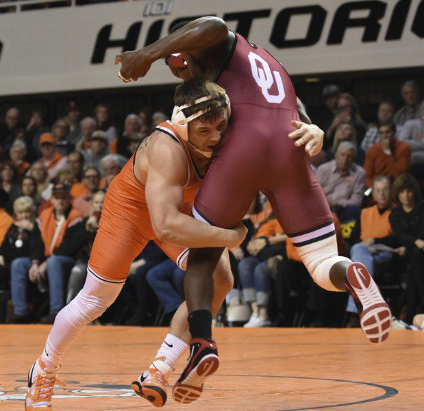 Former OSU wrestlers Lawal, Crutchmer remember Cowboy roots ahead of Bellator 233