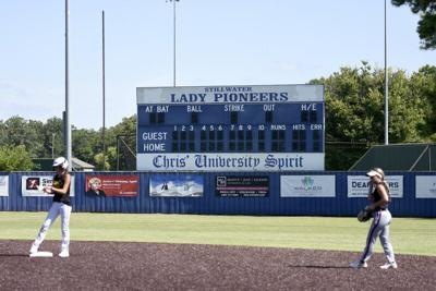 SHS softball parents frustrated by lack of new scoreboard