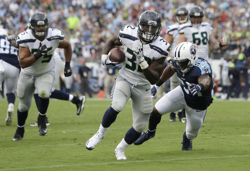 Seahawks RB Chris Carson Carted Off With Apparent Broken Leg