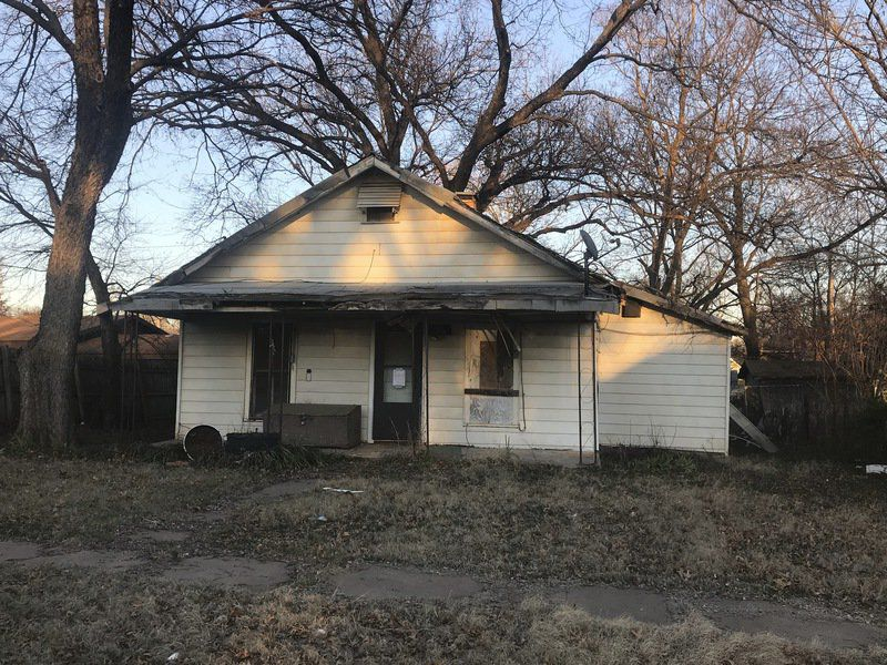 City of Stillwater moves forward on 6 more dilapidated structures